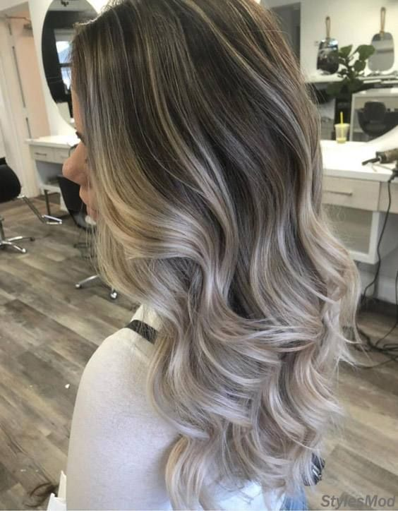 Blond cenusiu balayage
