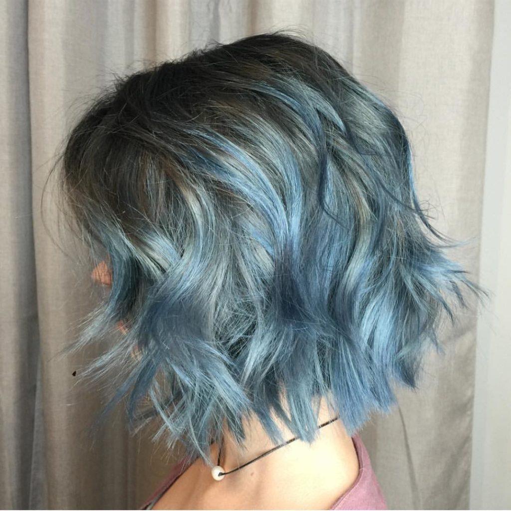 culori pentru parul scurt albastru