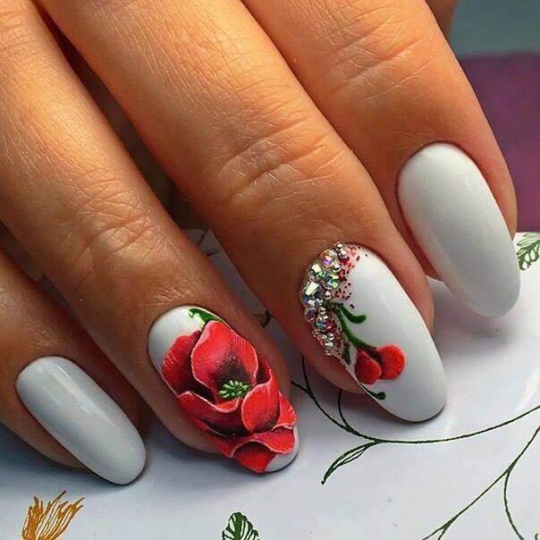 unghii gel flori