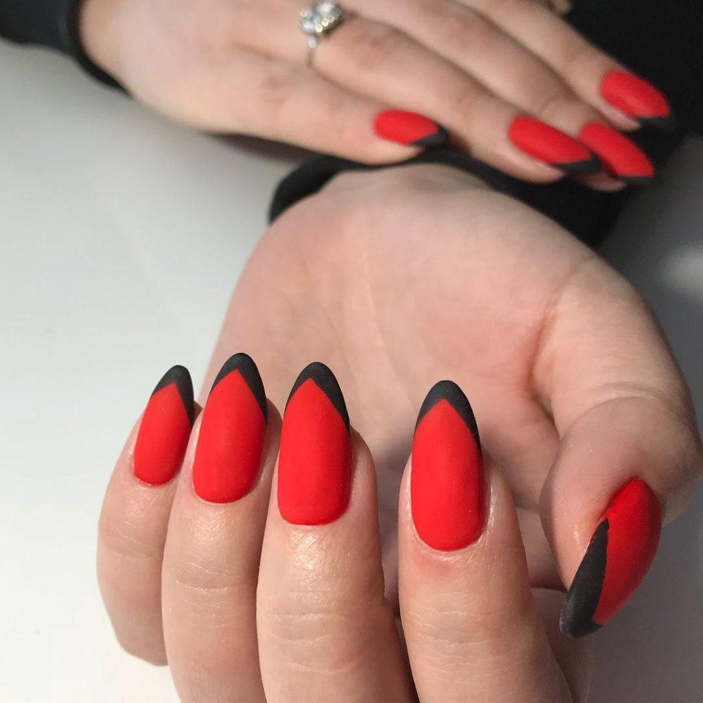 modele unghii gel stiletto